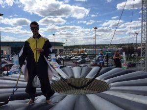 Mise en place d'une tournée Carrefour sur toute la France avec le simulateur de chute libre Beflying